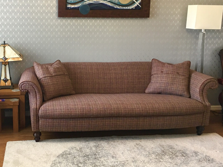 ttps://zoom.sofasandstuff.com/assets/images/dsy/Hero Images/3se/1 Ronaldsay 3 seater sofa in Harris Tweed Caluna Bramble.jpg