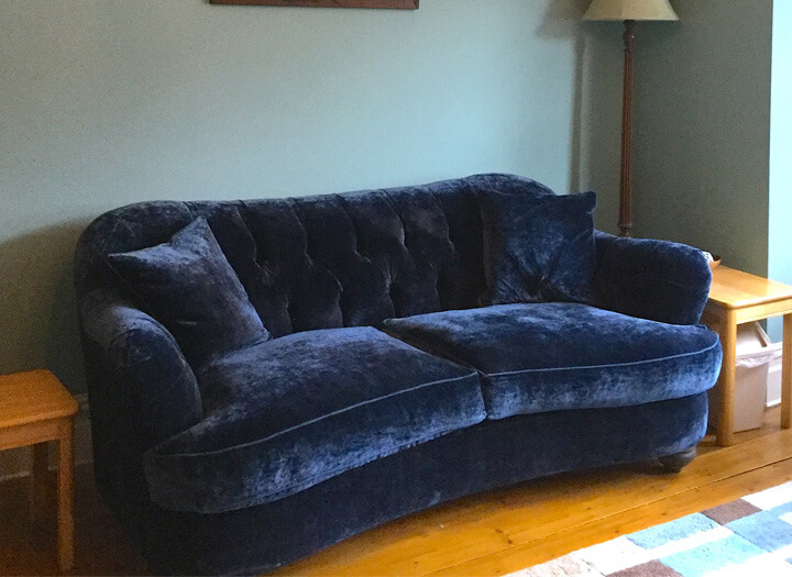 ttps://zoom.sofasandstuff.com/assets/images/far/Hero Images/25s/1 Fairmont 2.5 Seater Sofa in Faroes Artists Indigo.jpg