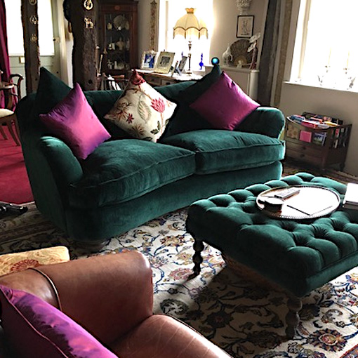 ww/assets/images/far/customer images/2 Fairmont 2.5 Seater Sofa in Essentials Textured Velvet Veridian