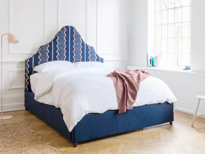 1.Gothic king bed in Designers Guild Jasham Indigo