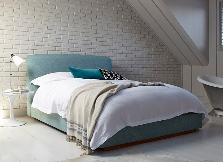 2 Islington King Bed in Guernsey Turquoise