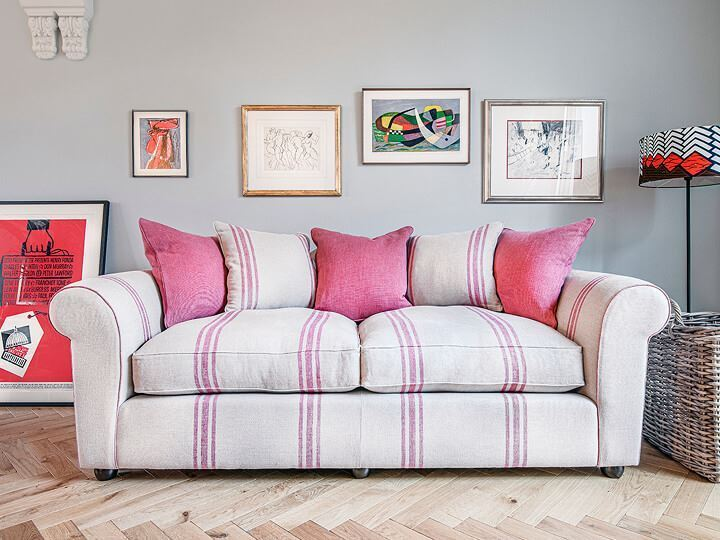 ttps://zoom.sofasandstuff.com/assets/images/lew/Hero Images/4se/1 Lewes 3 Seater Sofa in Walloon Stripe Red.jpg