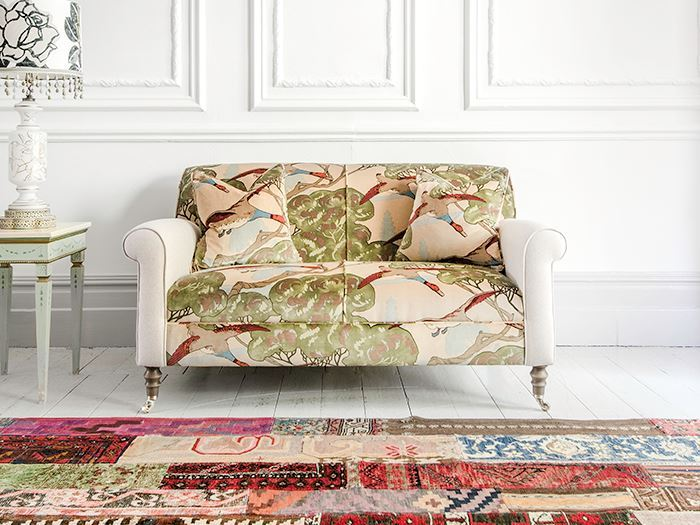 ttps://zoom.sofasandstuff.com/assets/images/pet/Hero Images/2se/1 Petworth Sofa in Mulberry Flying Ducks.jpg